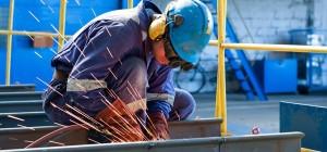 lavoratore-operaio-metalmeccanico
